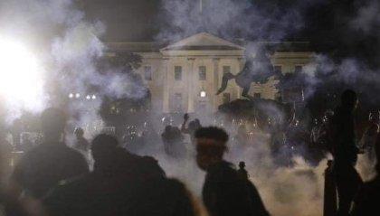 Minneapolis: tre morti in 24 ore, negli scontri davanti la Casa Bianca, una cinquantina di agenti feriti