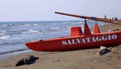 Tragedia del mare a Riccione: non ce l'ha fatta il ragazzo tratto in salvo sabato