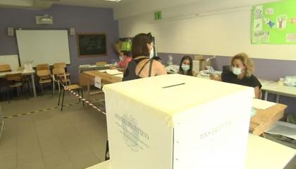 Viminale: spoglio in corso, Si al Referendum al 69%, ha votato 1 italiano su due. Marche al centrodestra