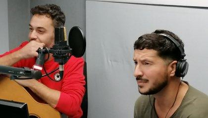 """#IOSTOCONGLIARTISTI: """"Paura e Delirio Acustic Duo"""""""
