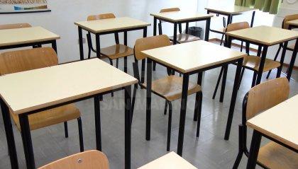 Scuola, vigilia ad alta tensione in attesa del nuovo decreto