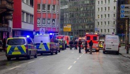 Francoforte: aggressione col coltello in città, diversi feriti