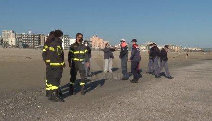 Tre anziane suicide a Rimini in pochi giorni: oggi, in mare, una donna di 67 anni