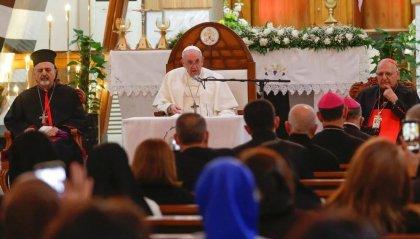 """Papa Francesco: """"Tacciano le armi in Iraq e ovunque, basta violenze"""""""