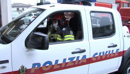 Incendio su un terrazzo a Ca' Ragni, intervento della Polizia Civile evita il peggio