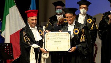 VIDEO   Il ct Roberto Mancini riceve a Urbino la laurea honoris causa in Scienze dello Sport