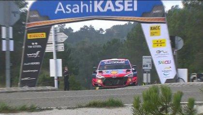 Rally Catalogna: Thierry Neuville al comando davanti a Evans e Ogier