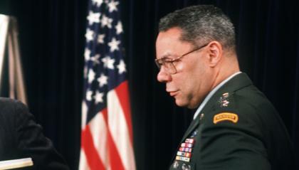 È morto Colin Powell, il primo Segretario di Stato afroamericano degli Stati Uniti