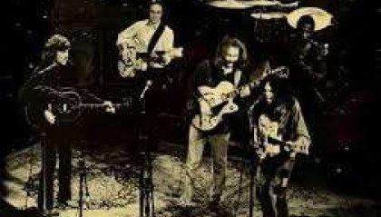 Classic Rock Story - Crosby Stills Nash & Young